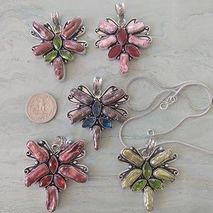 Jewelry - Beautiful dragonfly biwa pearl necklace stamped